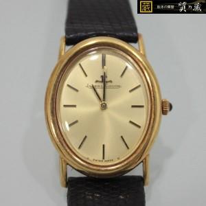 ジャガークルトのオーバル手巻き時計