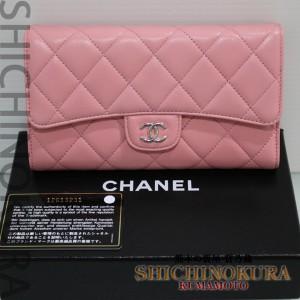 シャネルCHANELのマトラッセ 三つ折長財布ピンク