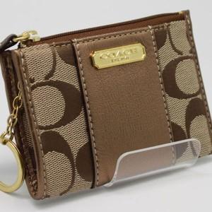 コーチcoachのコインケース 財布 シグネチャ