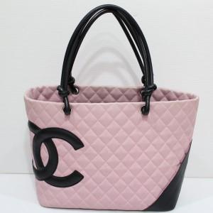 シャネルのカンボンラインバッグ ピンク